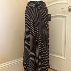 NWT Robert Louis  maxi knit maxi skirt